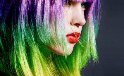 Окрашивание волос в яркие